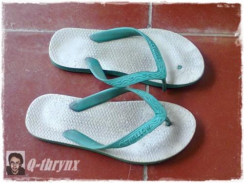 sandal_jepit_putus